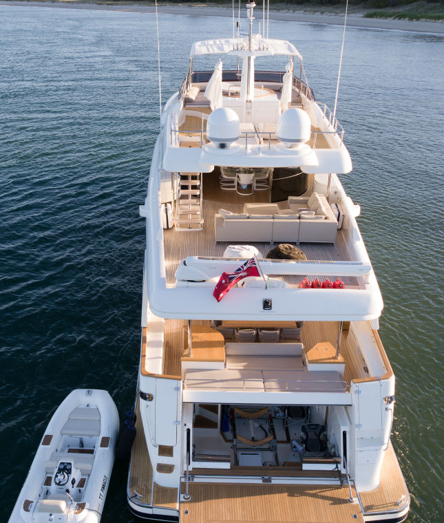 https://panel.boatsync.com.au/v11/images/1618/1615427418248-Ferretti-Custom-Line-33m-12.jpg