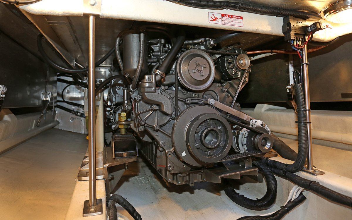 2004 Griffin 44 Image